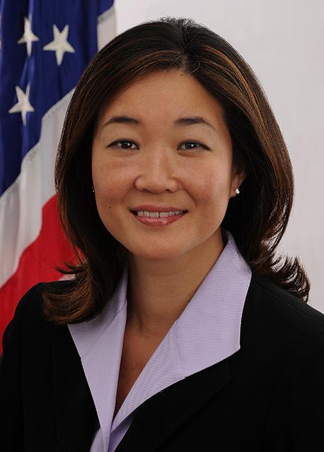 Juliet Choi (Director, Partnership for Public Service)